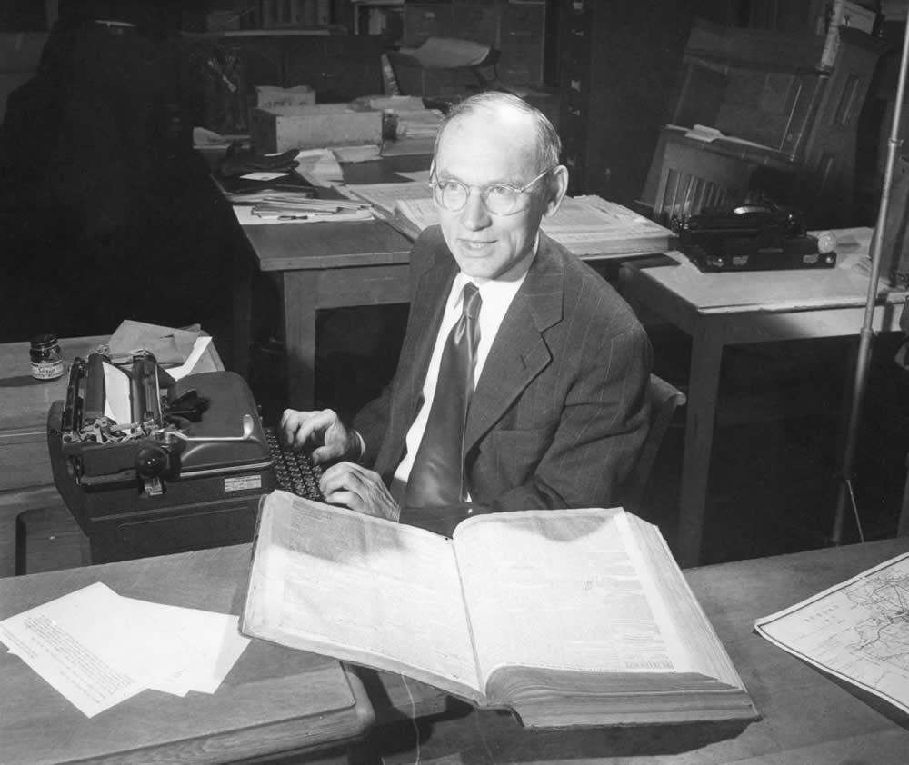 Merle Curti at his typewriter (undated)