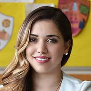 Alexandra Pasqualone headshot